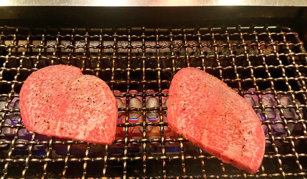 ありがとうございます。その瀬尾さんと今、ミッドナイト焼肉中です。 twitter.com/F35__B/status/…