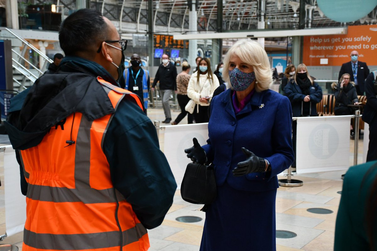 The dedication of @networkrail staff has ensured passengers have been able to continue to travel safely during Covid-19. The station teams have put safety measures in place, including one-way systems, floor markings and appointed social distancing staff.