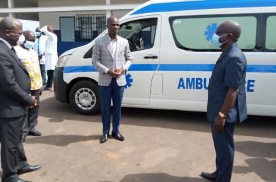 Côte d'Ivoire-AIP/Le directeur de l'hôpital général d'Agnibilékrou félicité par sa hiérarchie  https://t.co/fxasap0nnk https://t.co/gb8Mi396Zc