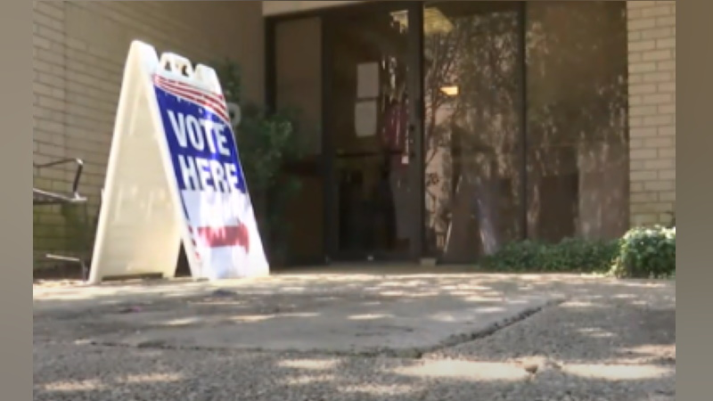 Final Day of Early Voting: Last-minute early voters have until 7 p.m. to cast their 2020 Election ballots. wbrz.com/news/last-minu…