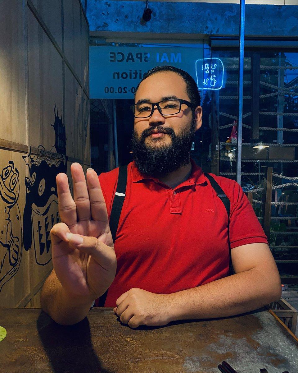 ชวนเล่นแคมเปญ  Support peaceful protests in Thailand  . 1. Take photo with your 3-finger salute 2. Put your country name here: I support Thai protesters from(country).  We need democracy. I HEAR TOO - GET OUT! #WhatHappeningInThailand111  3. Share it and invite friends to join https://t.co/SILSxulPmB
