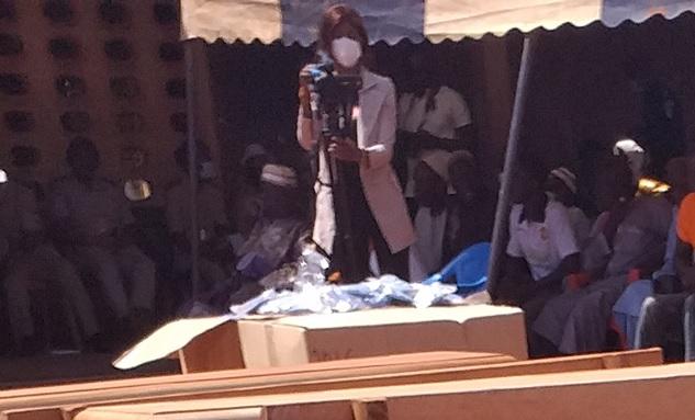 Côte d'Ivoire-AIP/ Dix mille cache-nez offerts aux populations du département de Boundiali  https://t.co/QlT1eQfwo9 https://t.co/knHQmJE3jd