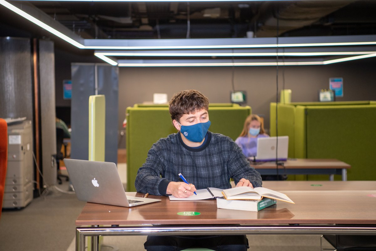 It looks like this will be a busy week in the Library, so try to avoid the busiest hours between 1pm-5pm if you can! 🙏  📱Check how busy we are in UofG Life: https://t.co/nAcJGD9t3U 😷Face coverings are required at all times  Find other study spaces 👉 https://t.co/FCbtSsxC0a https://t.co/82MMb5skrC