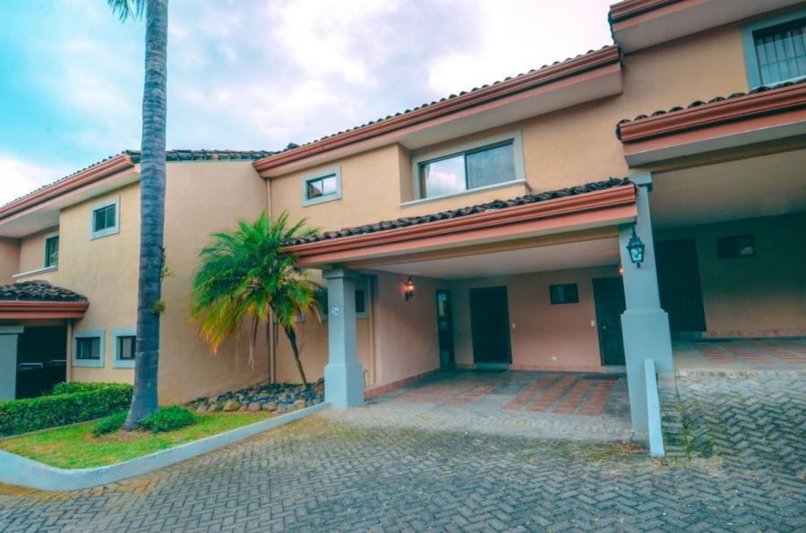 #Costa Rica Casa en Venta en Santa Ana https://t.co/Jx4UNqZwiN https://t.co/NEPjiYt0ky