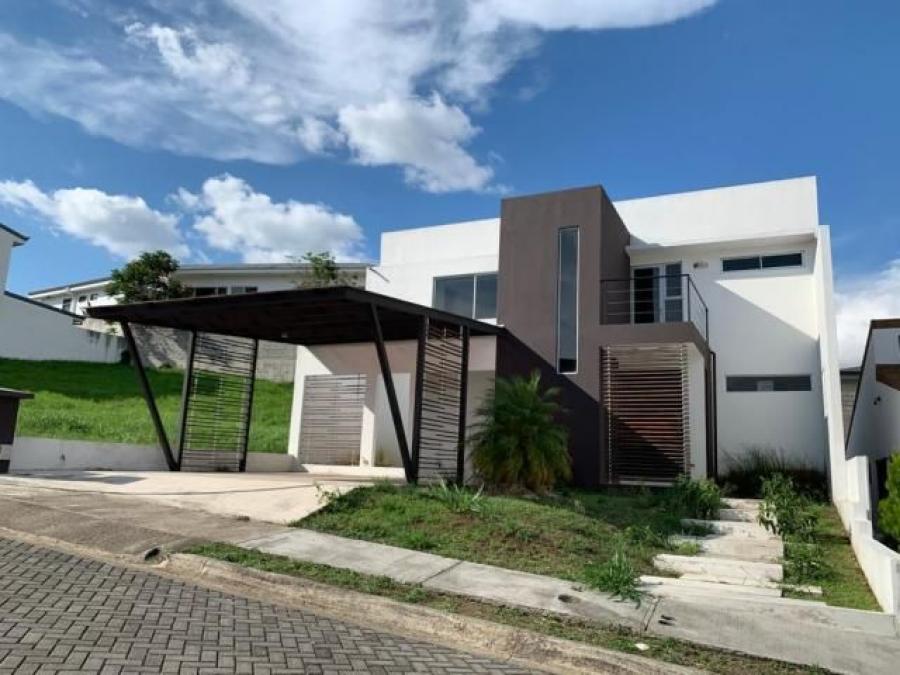 #Costa Rica Casa en Venta en Alajuela https://t.co/r2Z9umd3eB https://t.co/K2ZX8eYpm0