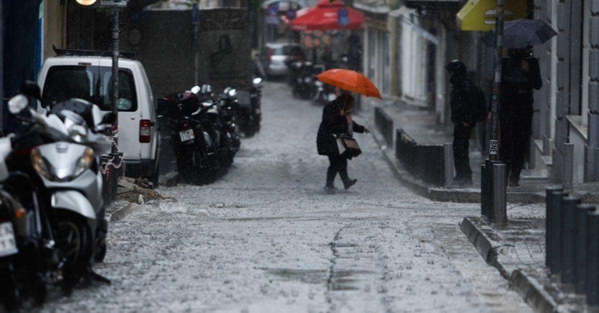 Κακοκαιρία: Τι να προσέξετε - Πού αναμένονται βροχές και χαλαζοπτώσεις: Κακοκαιρία προβλέπεται από αργά το βράδυ σήμερα, Τρίτη 27/10 μέχρι το πρωί της Πέμπτης (29/10). Ποιες περιοχές αναμένεται να επηρεαστούν περισσότερο. dlvr.it/RkR9D2 #καιρός #weather