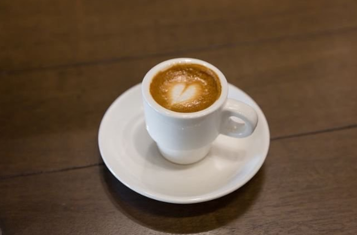 Expresso yourself 😉with the best #porcelain from @TenStrawberrySt ! #SimpleElegantAffordable  #coffeelover #restaurantlife #foodandwine #chefstalk #cateringlife #instafood https://t.co/JuGrs8TjOl