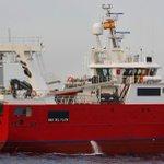 Image for the Tweet beginning: El buque congelador NINA atraviesa