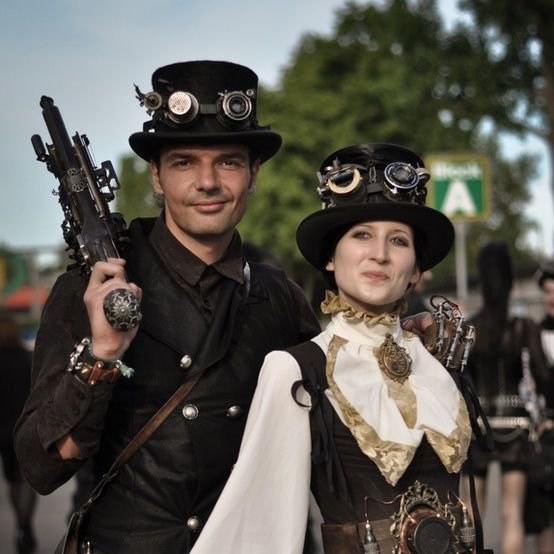 #Cosplay 🎩 Awesome of the Day: #Steampunk ⚙️ #Halloween 🎃 Costumes via @EChatsworth #SamaCosplay