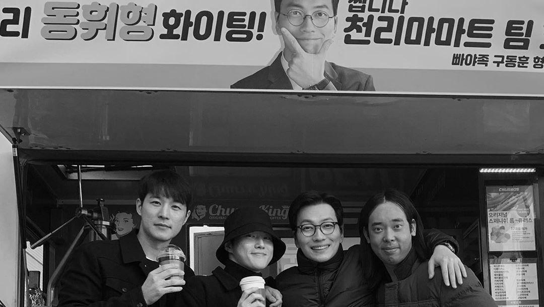 191027 @ dlehdgnl 인스타그램   #EXO #수호 #준면 #SUHO #Junmyeon @weareoneEXO https://t.co/9hg8yFhkWC