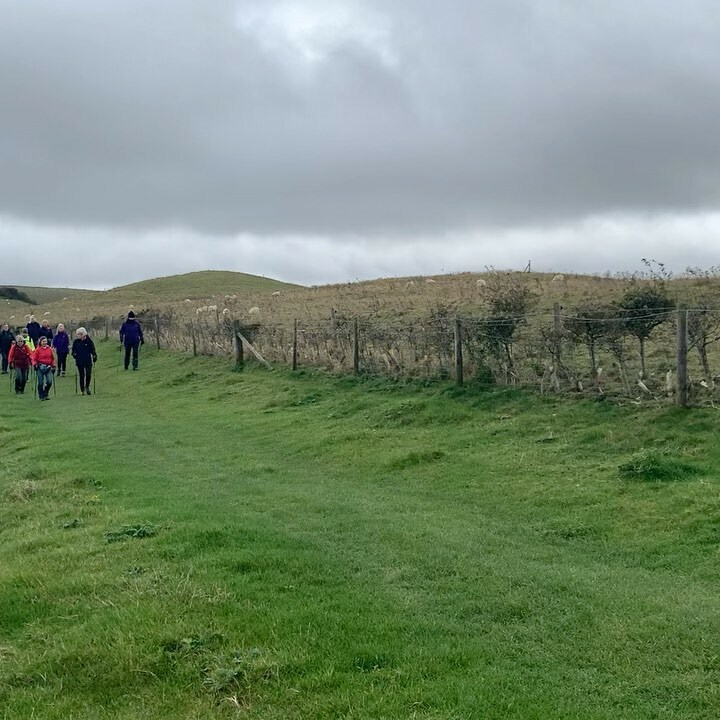 A good old romp up the Ridgeway towards Barbury Castle. Great to be outdoors, exercising and chatting with friends. #nordicwalking #socialdistancing #outdoorexercise https://t.co/6MhakVel7U https://t.co/rbCam2J4KN