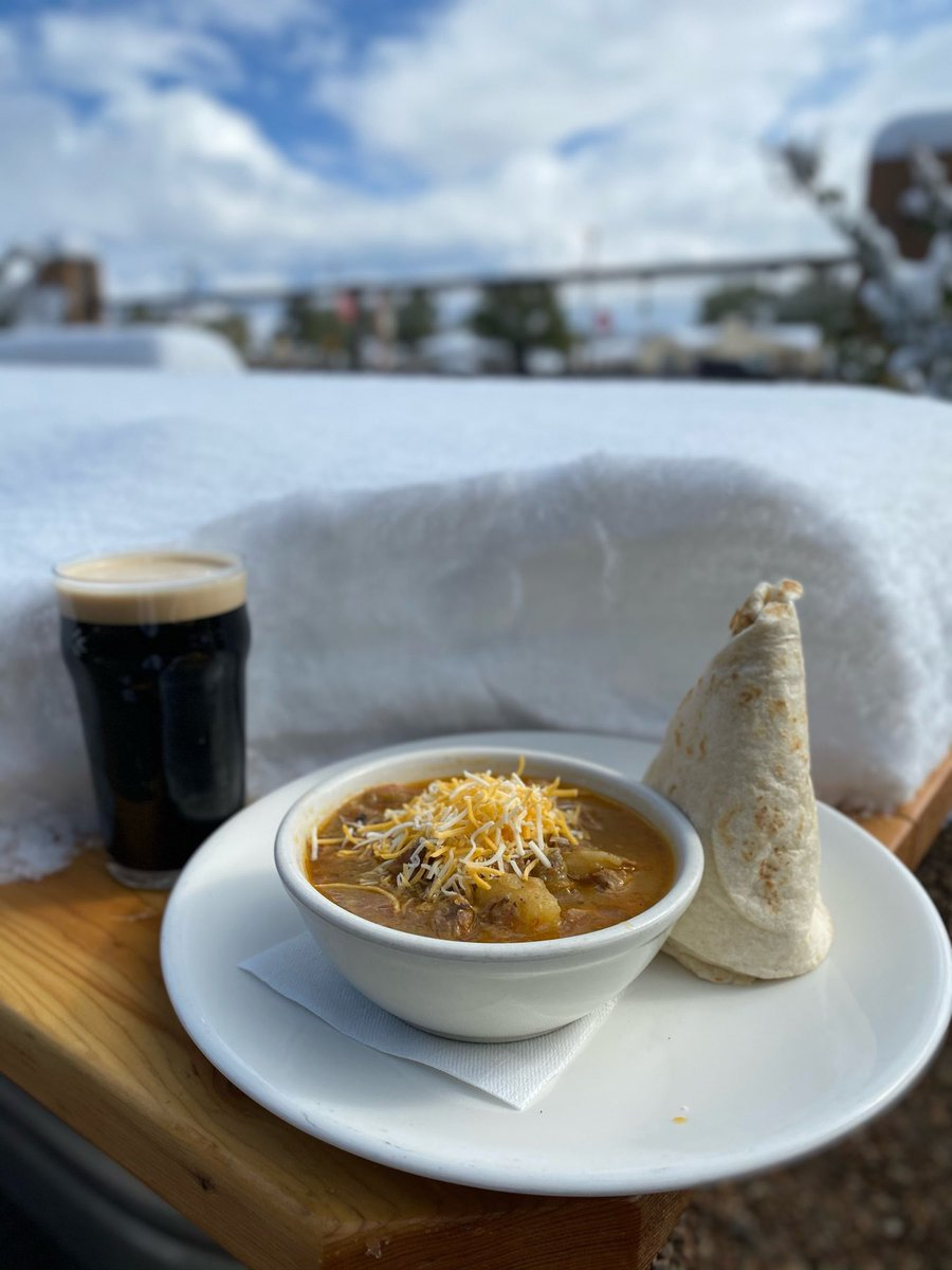 Don't even need to say it, do we? We live in the #LandofEnchantment after all. But #snowday = good day for a hearty bowl of green chile stew a pint of Blue Bullet Stout. ⠀ We're open until 8pm unless things turn wacky again. Stay safe & toasty, friends!⠀ #BuiltToBrew #newmexico https://t.co/rwgT08vyxf