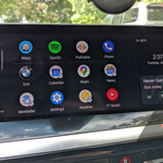 Image for the Tweet beginning: Android 10 pushes Android Auto