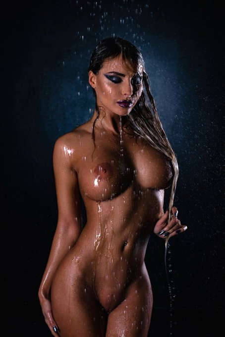 Wet😊 https://t.co/bAwb1QmYYH #playboy #nude #photodromm #mariadreamgirl #beautiful #sex #hermosa #solo