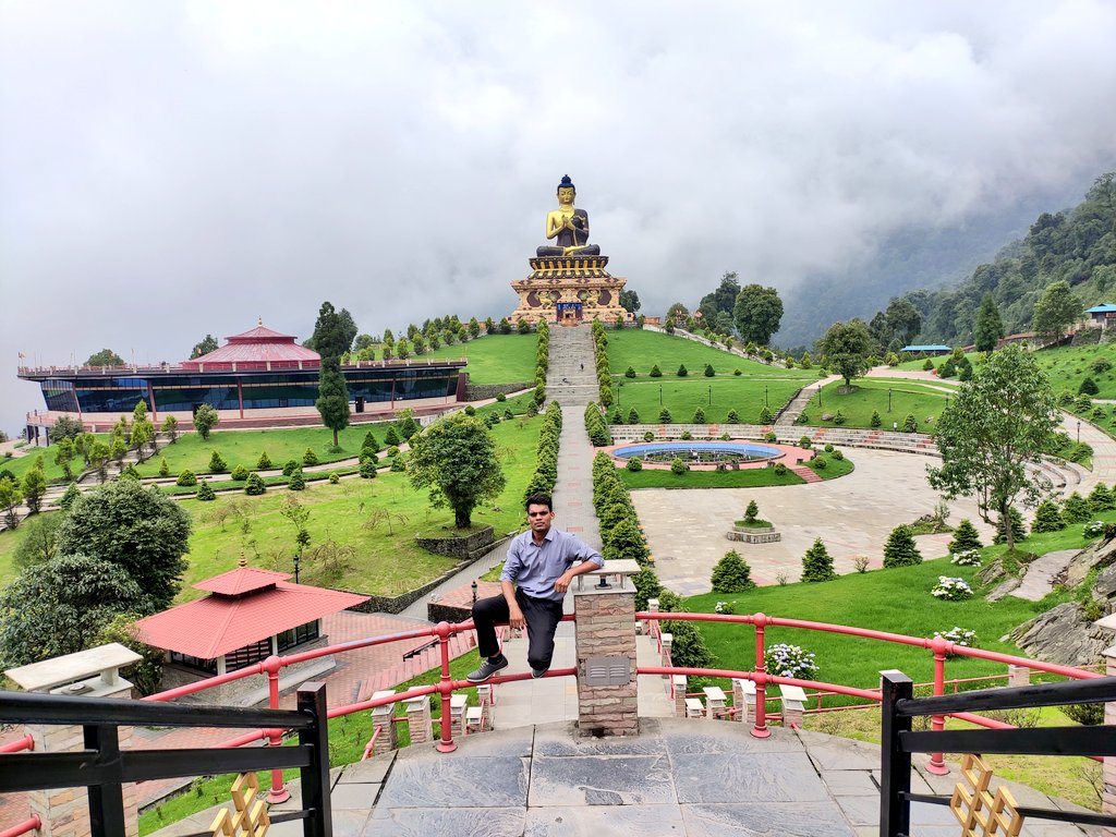 Ravangla, a small town in South Sikkim, will stun you with splendid view of Kanchenjunga. A place to taste premium tea, visit serene monasteries and trek through rugged Himalayas. Thank you @manishYa_17 for sharing this! #DekhoApnaDesh  @TourismSikkim