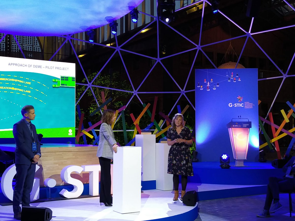 The #carbon neutral #Marine Litter Hunter from @demegroup aims to tackle #plasticpollution on rivers, using #AI and #VR technology. Discover more innovative solutions for the #BlueEconomy at the Blue Innovation awards, now live on #GSTIC 2020: https://t.co/foxGLe7lK7 https://t.co/DTRp4dXyf9