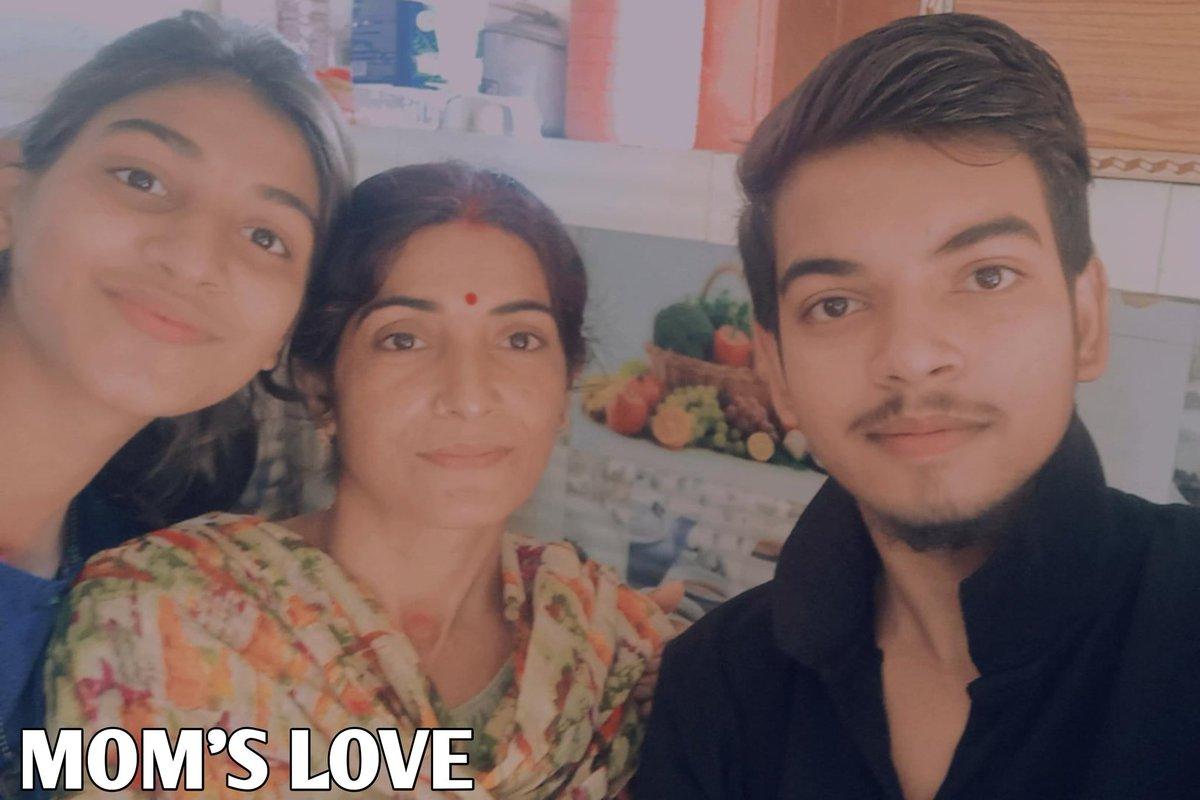 Meri maa love you ❤❤❤ bas ek yahi jo aapse kabhi roothegi nhi #heroatul #hero_atul #atuladitya #Atuladitya14 @atuladitya14 #heroatulvlogs  #youtubers #momlove #momlife #mom #love #motherhood #mothersday #mommyandme #boymom #momsofinstagram #mother  #momlifeisthebestlife https://t.co/RF0F3UEw3Y
