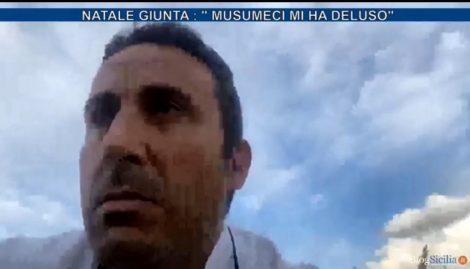 """""""Il Governo ci vuole chiusi? Ci paghi i costi fissi"""", così Natale Giunta a Casa Minutella - https://t.co/KtbyKwyYeD #blogsicilia #casaminutella"""