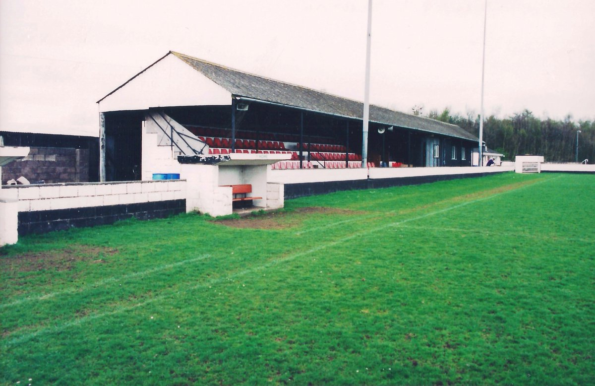 Future Scottish Cup finalists Gretna's Raydale Park in 1999, at that point a Northern Premier League Division One venue. Pics Bob Lilliman. https://t.co/POtECVLl7y