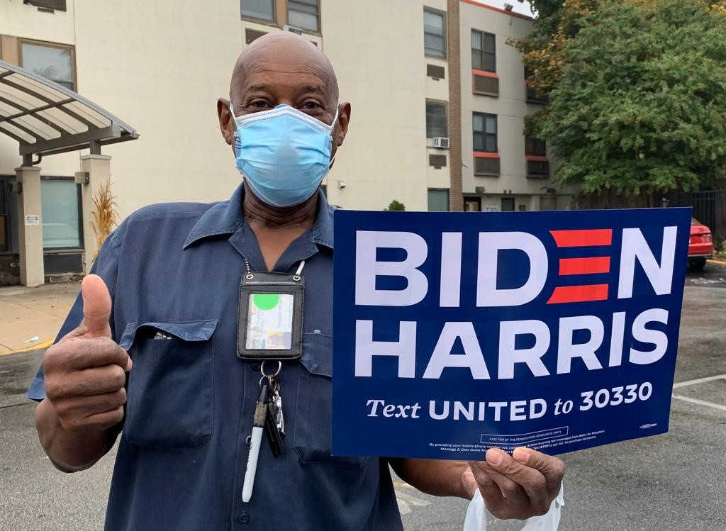 In the final days of the most crucial election of our lifetimes, @RWDSU members are on the ground helping #GetOutTheVote! As a pandemic continues to ravage the country, #EssentialWorkers know that we must elect pro-worker candidates who will fight for us. #BidenHarris2020