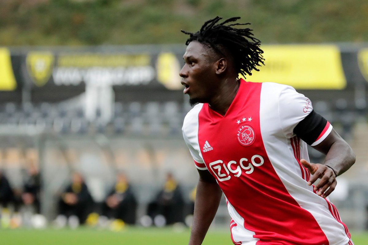 AJAX'S TRAORE NAMED PLAYER OF THE MONTH