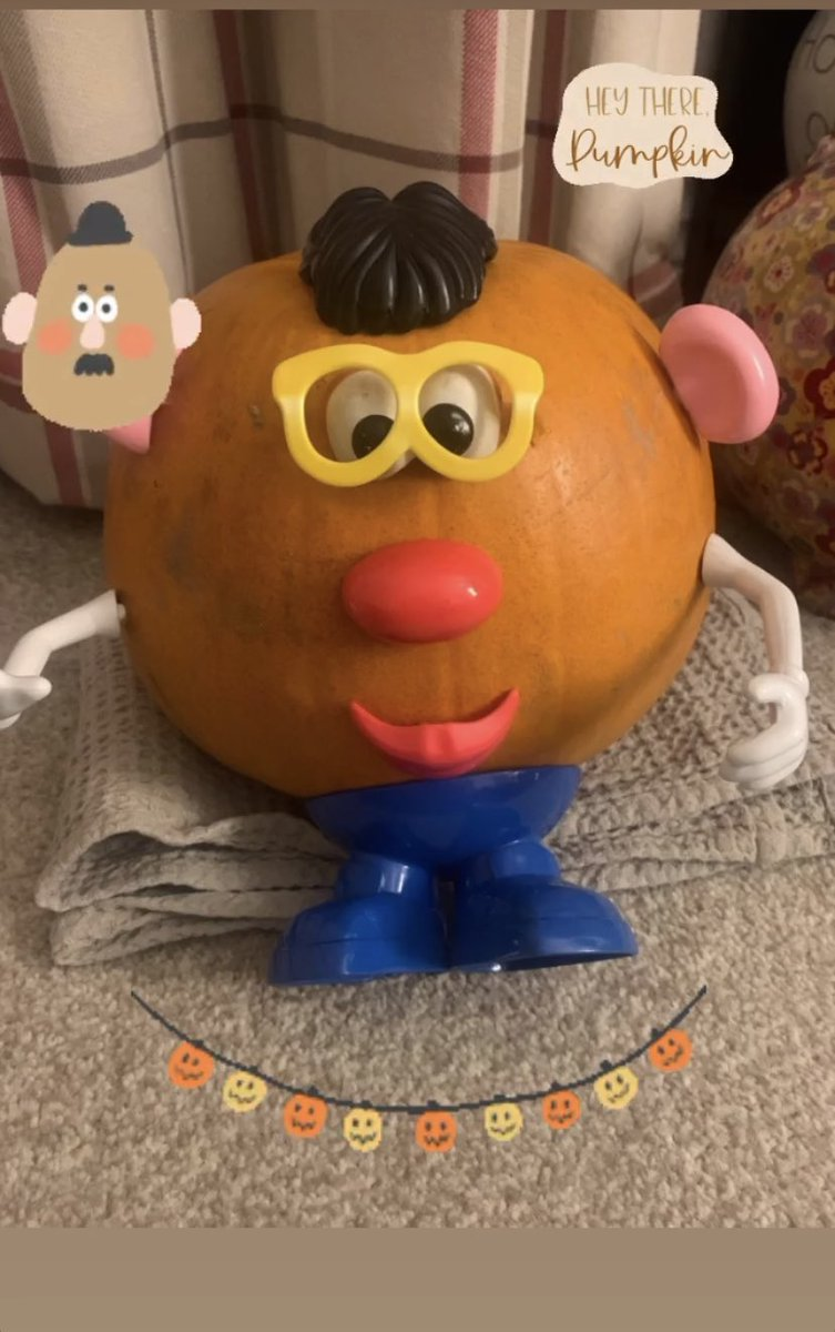 From Pumpkin picking to this 👇🏻🎃😂 #pumpkin #Halloween #MrPotatohead https://t.co/c4o5gQBmOC