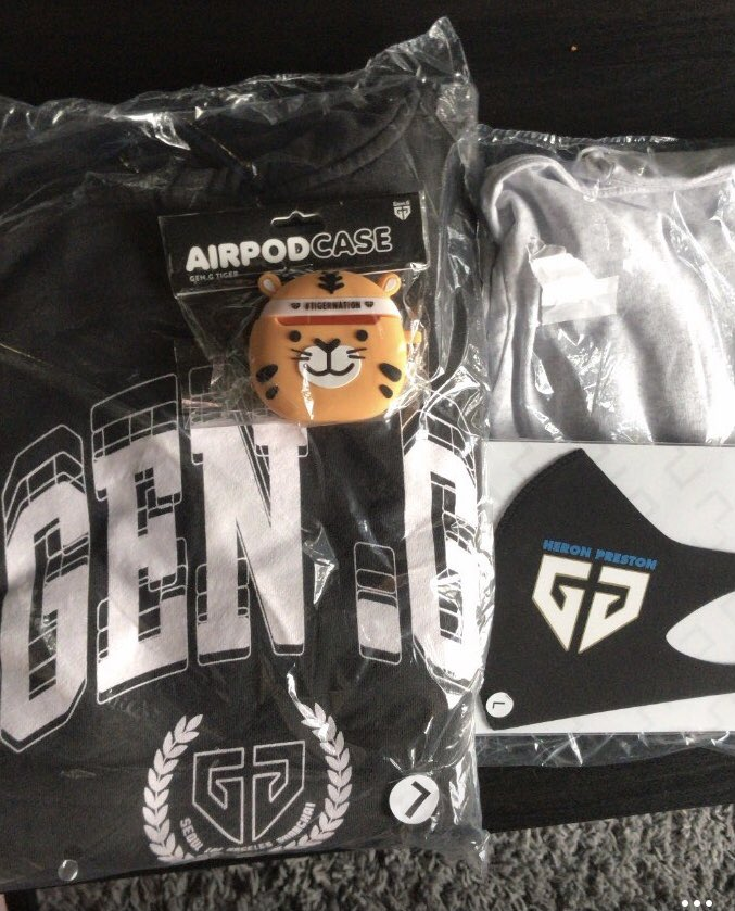 BnTet - thanks @GenG for this cool merch!