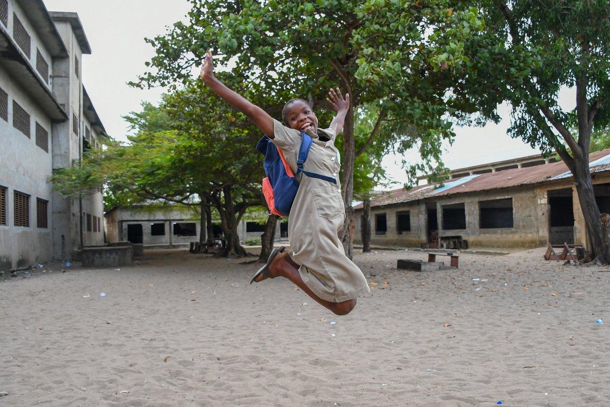 Un rapport clair et détaillé sera donné de façon publique à la fin.  Merci de nous aider à leur donner le sourire, et une meilleure chance de réussite.   Dieu vous bénisse.   #MissionKoeroma #JimsSocialProject #JimsFamily #Jims https://t.co/FY7roRCiHS