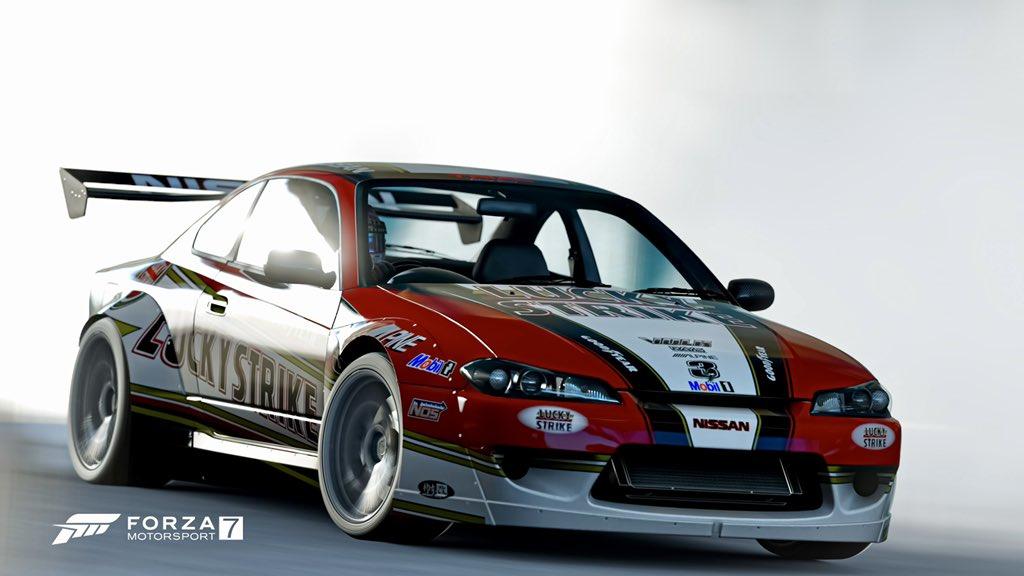 Smoke those tyres ... #Forzashare #PhotoMode #Xbox #Nissan @Nissan @NissanUSA @ForzaHorizon @ForzaMotorsport @Xbox https://t.co/R1z50dkZ1E