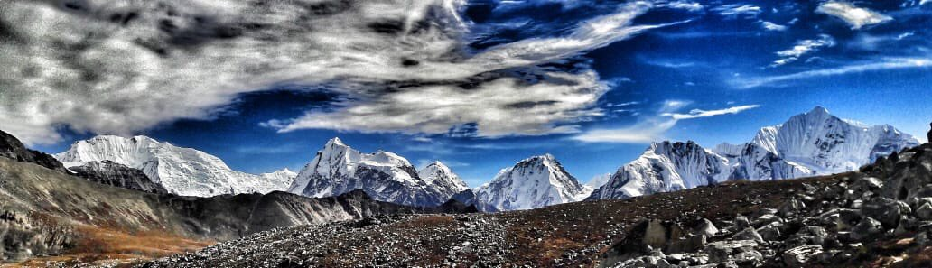 Kyanjin Ri is a small hil in Langtang region from where amazing Himalayan view can be seen. #langtang #langtangvalley #langtangvalleytrek #himalayas #dreamnowtravellater #nepal #nepalnow #trekorganizerinnepal #trekorganizerinhimalaya #discovernepal #contactus #himalayantrekkers https://t.co/BCZom0J64q