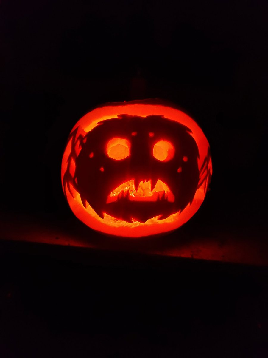 My 2 year old daughter wanted incy wincy spider lol #DontStarve Jack-O-Lantern! @klei