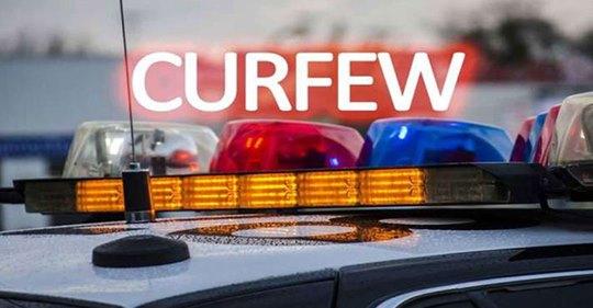 நாளை நள்ளிரவு  முதல் திங்கள்  அதிகாலை வரை மேல் மாகாணத்தில் ஊரடங்கு! #coronavirus #covid19, #shavendra_silva, #Western, #curfew https://t.co/wLJFYIgKKf https://t.co/Dv2oUErJkU
