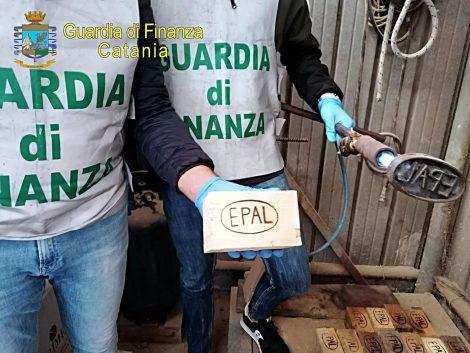 Marchi contraffatti, lavoro nero e reddito di cittadinanza, sequestrate 4 fabbriche - https://t.co/VlvCOymYVP #blogsicilianotizie