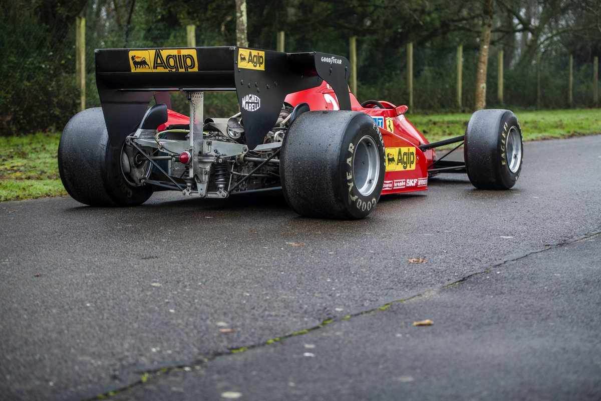 Happy #WingWednesday 😃  1983 #Ferrari 🇮🇹 126 C3-068    ex René Arnoux #AustrianGP 1983  © Artcurial https://t.co/rhFwL49Woj