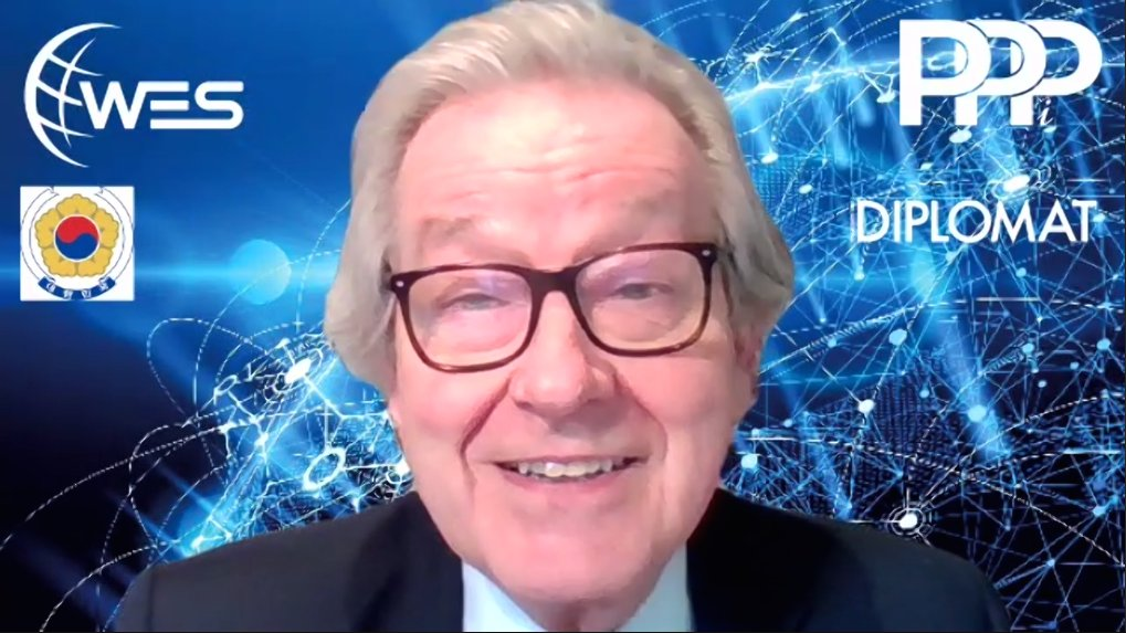 test Twitter Media - Chair @stephen_dorrell opens the discussion at  @Policy_Projects & @LondnDIPLOMAT webinar 'World Economic Series: South Korea' with Ambassador Enna Park of @KoreanEmbassyUK & Dae Joong Lee of Ministry of Economy & Finance   REGISTER⬇️ https://t.co/Ykq7S5hZSM #KoreanNewDeal #Covid https://t.co/QQYAbKcX4h