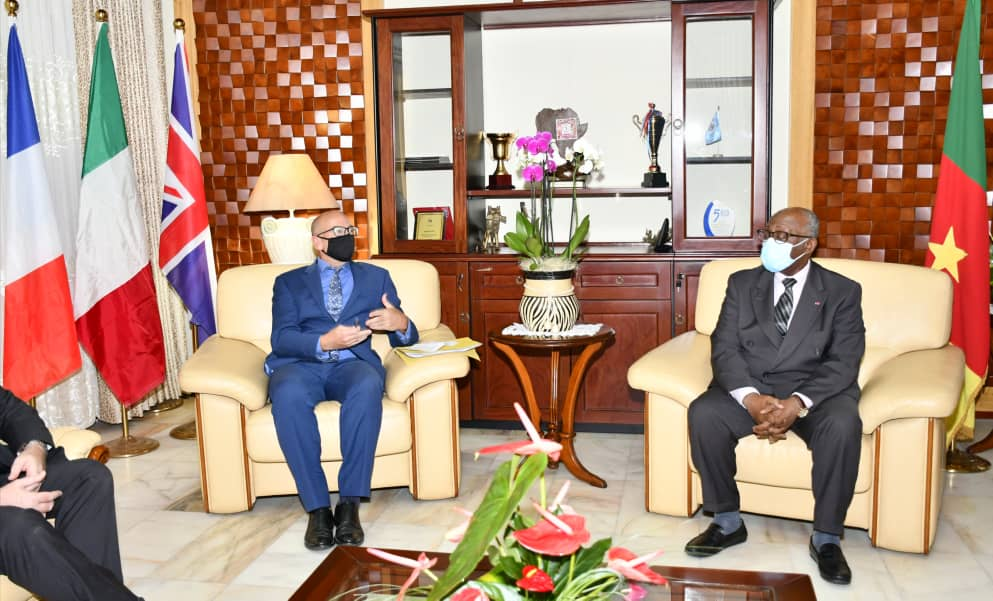 On Wednesday 4 November 2020, the Minister of External Relations received the High Commissioner of the United Kingdom of Great Britain and Northern Ireland to the Republic of Cameroon, H.E. Rowan James Laxton, at his request. https://t.co/FufsmlIabj