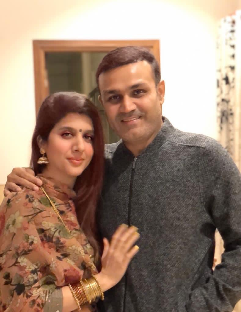 Happy karvachauth to my one n only ⁦@AartiSehwag⁩ ❤️❤️