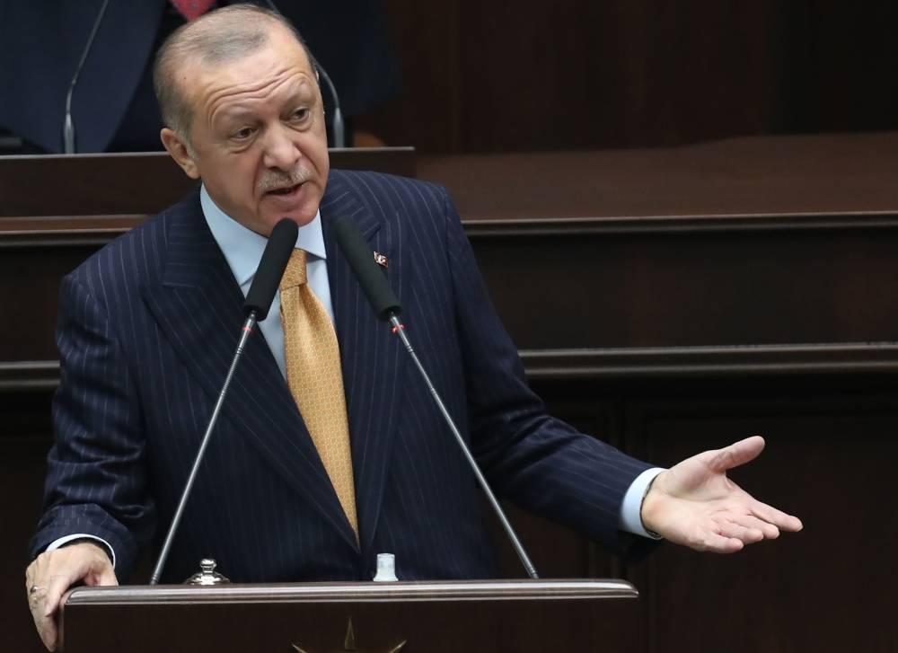 """#Turquie Pour Erdogan, certains pays veulent """"relancer les croisades"""" https://t.co/pHCmFRx7Wh https://t.co/SULZ1TlgoQ"""