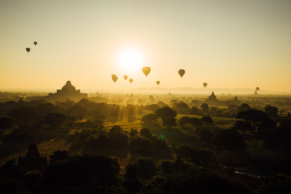 #Bagan #Myanmar   #travel #travelagency #travelvibes #shetravels #lifeistravel #mybudgettravel #travelingworld #weekendtravel https://t.co/S4G8ngrsJh
