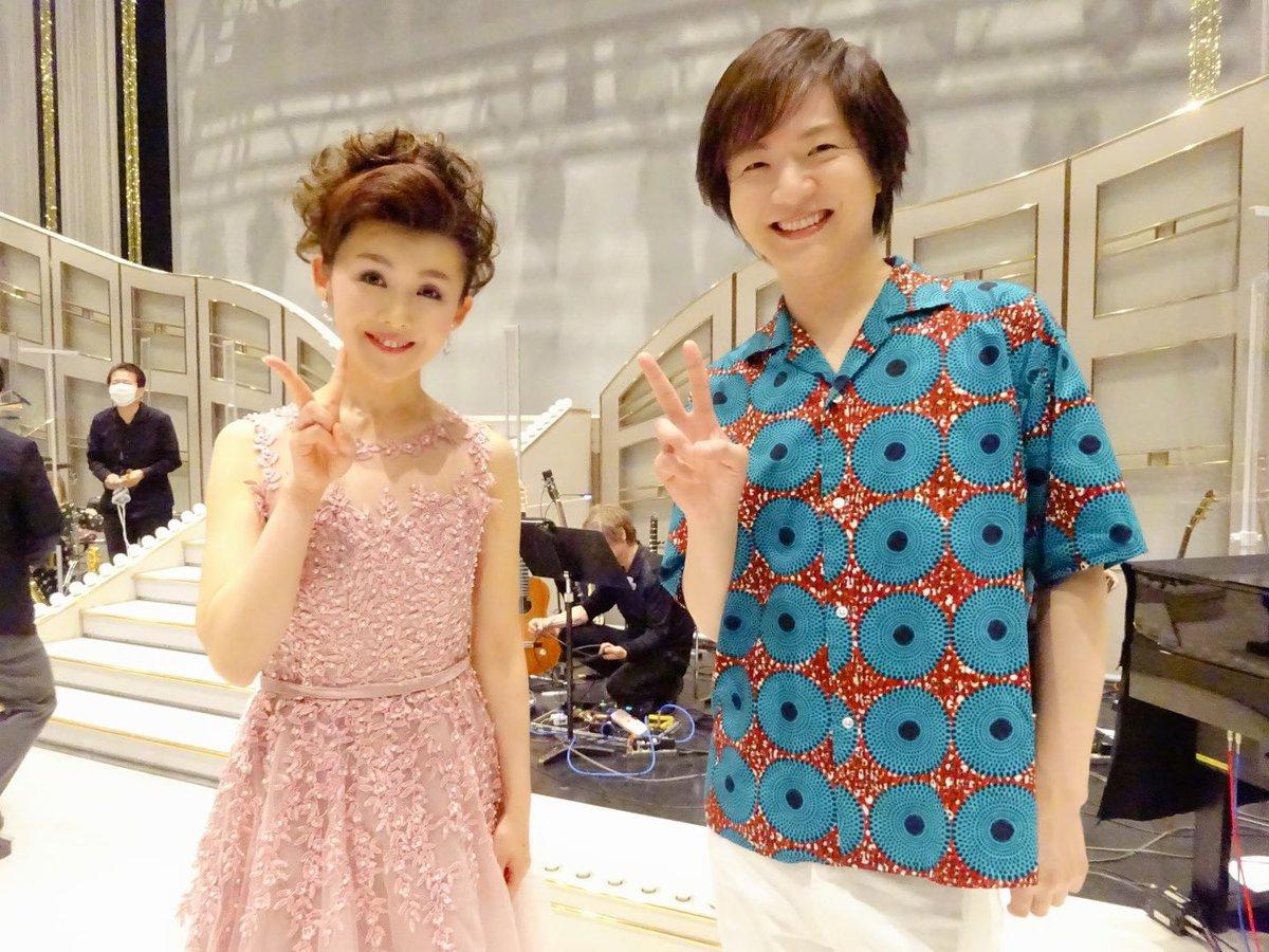 ブログ更新♪ レコード会社も同じテイチクで、同じ歳の #竹島宏 さん。今回の「#新・BS日本のうた」でも歌に司会に大活躍!優しくて頭の回転が速くて歌って踊れる方ってすごいですよね(*´ω`*)再放送もあります。ブログも是非ご覧ください!ヾ(*´∀`*)ノ#小桜舞子
