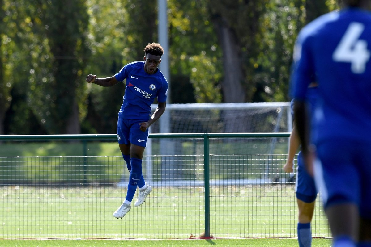 Another 🌟 of the #UYL opens his #UCL account ⚽  @Calteck10 👍