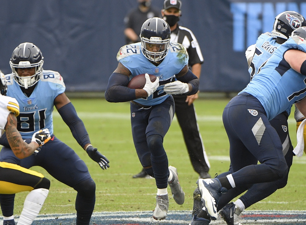 Cincinnati's run defense ranks among the NFL's worst, which means @KingHenry_2 has a chance Sunday to strengthen his lead in the #NFL rushing race. @Titans #Titans #Bengals #RollTide @AlabamaFTBL   https://t.co/SO8u9hVkEV https://t.co/9Bp7Stp8sj