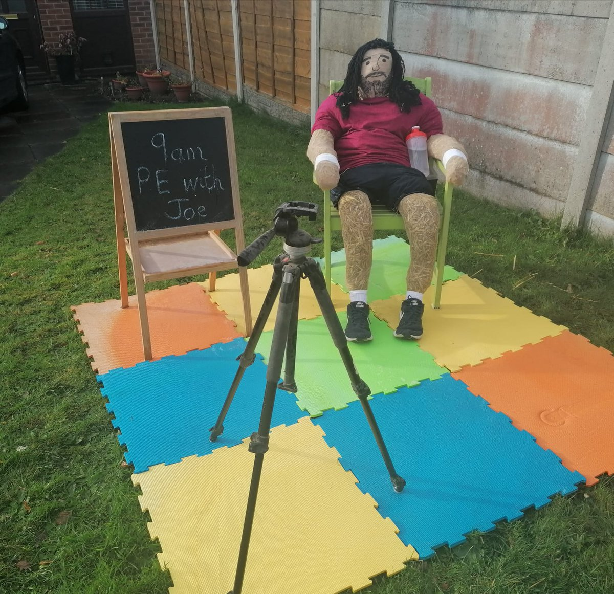 My Joe Wicks entry to the St Helens Scarecrow Festival raising money for Willowbrook Hospice #saveourhospice @thebodycoach https://t.co/lXBoSG6gOP