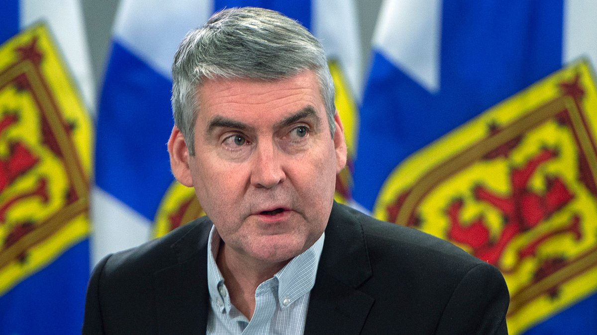 WATCH LIVE: Nova Scotia Premier Stephen McNeil and Chief Medical Officer of Health Dr. Robert Strang provide an update on COVID-19: https://t.co/WmwzOuxEUV https://t.co/SXsj4MrZFE