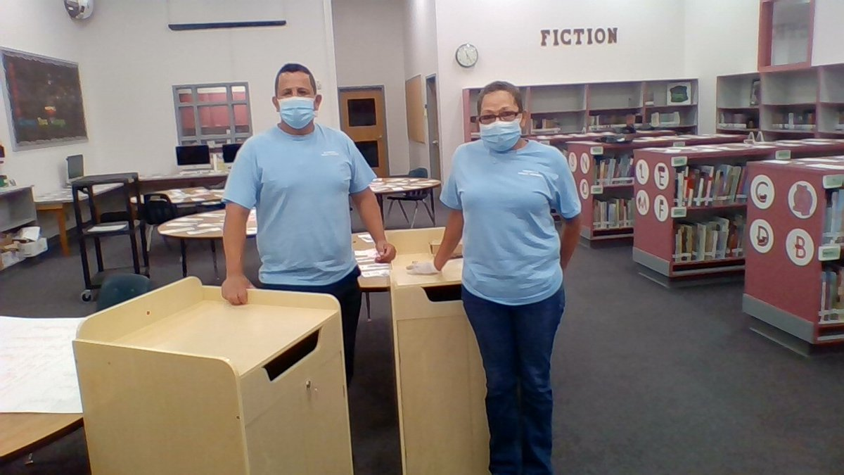 Many thanks to <a target='_blank' href='http://twitter.com/ArlCoMontessori'>@ArlCoMontessori</a> and our stalwart MPSA custodial staff for the new library return bins! <a target='_blank' href='http://twitter.com/MPSArlington'>@MPSArlington</a> Monarchs can start returning their library books in them tomorrow! <a target='_blank' href='http://search.twitter.com/search?q=MPSAtogether'><a target='_blank' href='https://twitter.com/hashtag/MPSAtogether?src=hash'>#MPSAtogether</a></a> <a target='_blank' href='http://twitter.com/APSLibrarians'>@APSLibrarians</a> <a target='_blank' href='http://search.twitter.com/search?q=ReadersAreLeaders'><a target='_blank' href='https://twitter.com/hashtag/ReadersAreLeaders?src=hash'>#ReadersAreLeaders</a></a> <a target='_blank' href='http://twitter.com/APSFacilities'>@APSFacilities</a> <a target='_blank' href='https://t.co/oxc8tSgbDO'>https://t.co/oxc8tSgbDO</a>