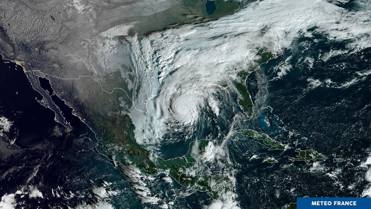 🛰️ Vu de lespace || Louragan #Zeta menace la Louisiane. Il évolue actuellement dans le golfe du Mexique, en ouragan dans le haut de la cat 1. Vents les plus forts environ 140km/h, rafales 165 km/h. 📸 GOES16, 28/10, 13h30 UTC meteo-spatiale.fr