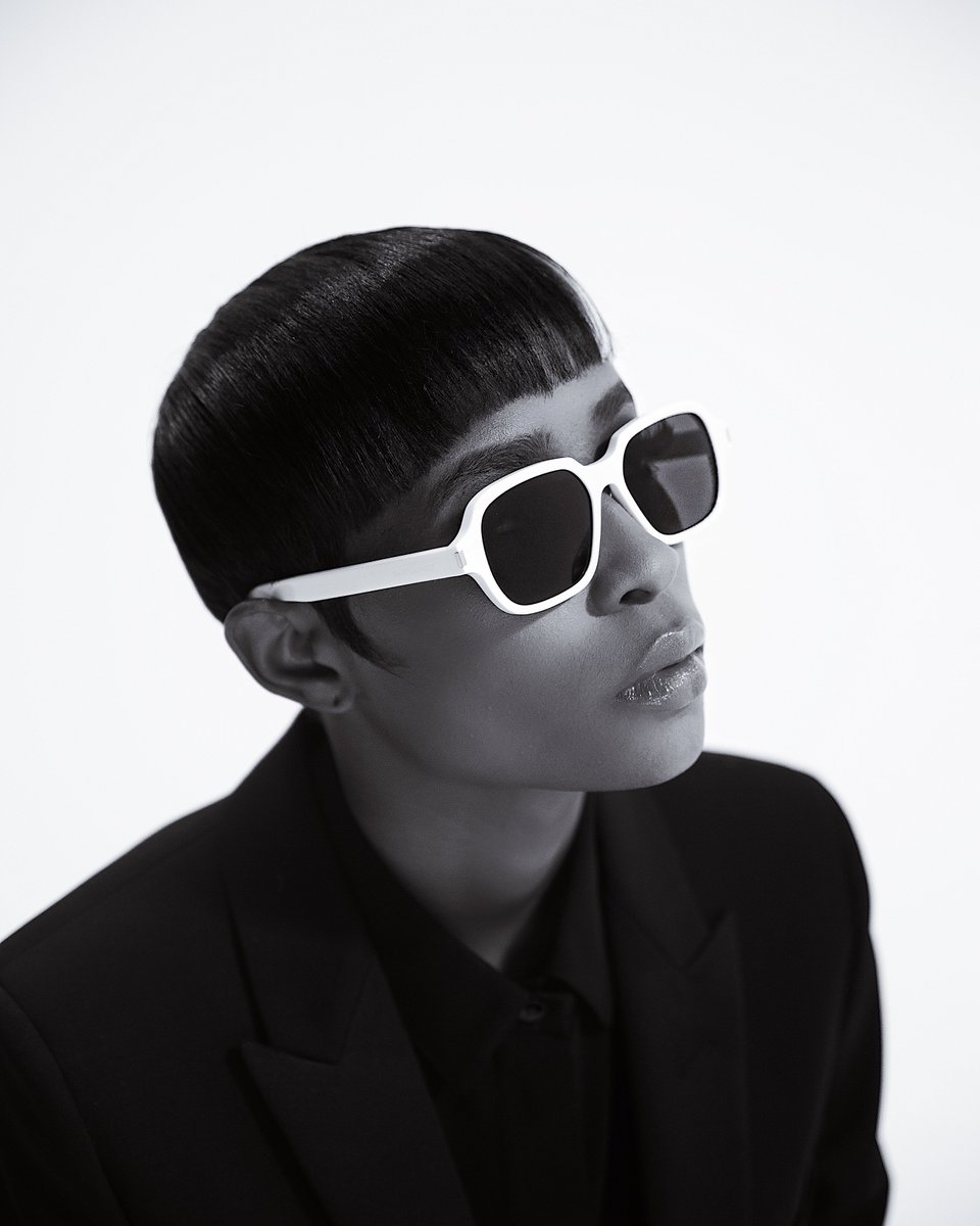 Listen up! Detroits own @DeJLoaf just dropped off her new album Sell Sole II with features from @LILUZIVERT, @SkubaBaby, @BigSean, @42_Dugg and more: link.tospotify.com/sellsoleii