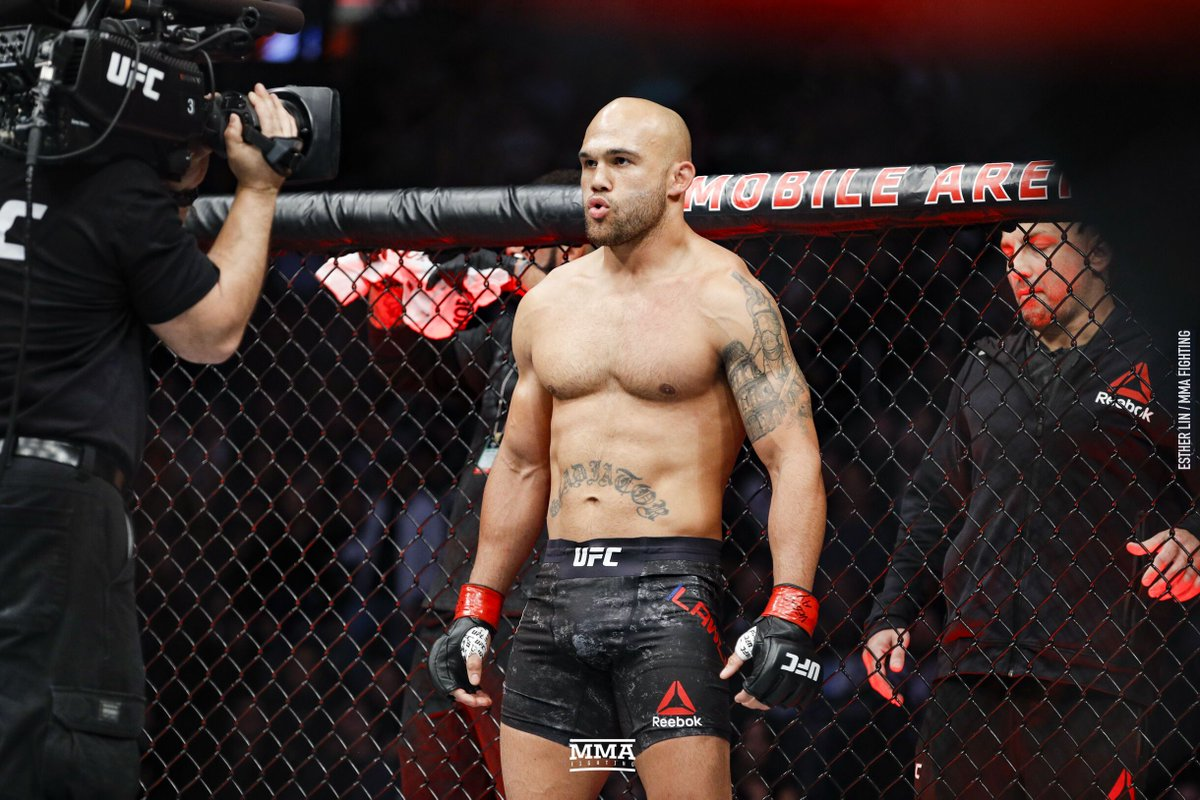 ROBBIE LAWLER out of fight due to Injury vs Mike Perry...SMH this was a banger!!! @Moscreamfightp1 @DieHardMMAPod  @PubSportsRadio @MMALockerRoom @dfs_numbers @PredictionMma #MMATwitter #ufcFightIsland  https://t.co/5lJxkz8AmE https://t.co/DC3Zxb1Egs