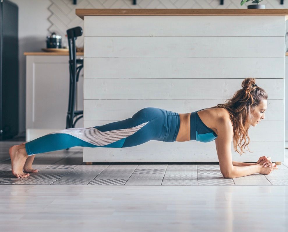 There's nothing better for overall body balance than a strong core! Work it with us today with #Fittbe Pilates! 🤳 https://t.co/YpVuitAFyG . #AtHomeWorkouts #AtHome #Home #Barre #exercise https://t.co/M0ItZZ8wlh