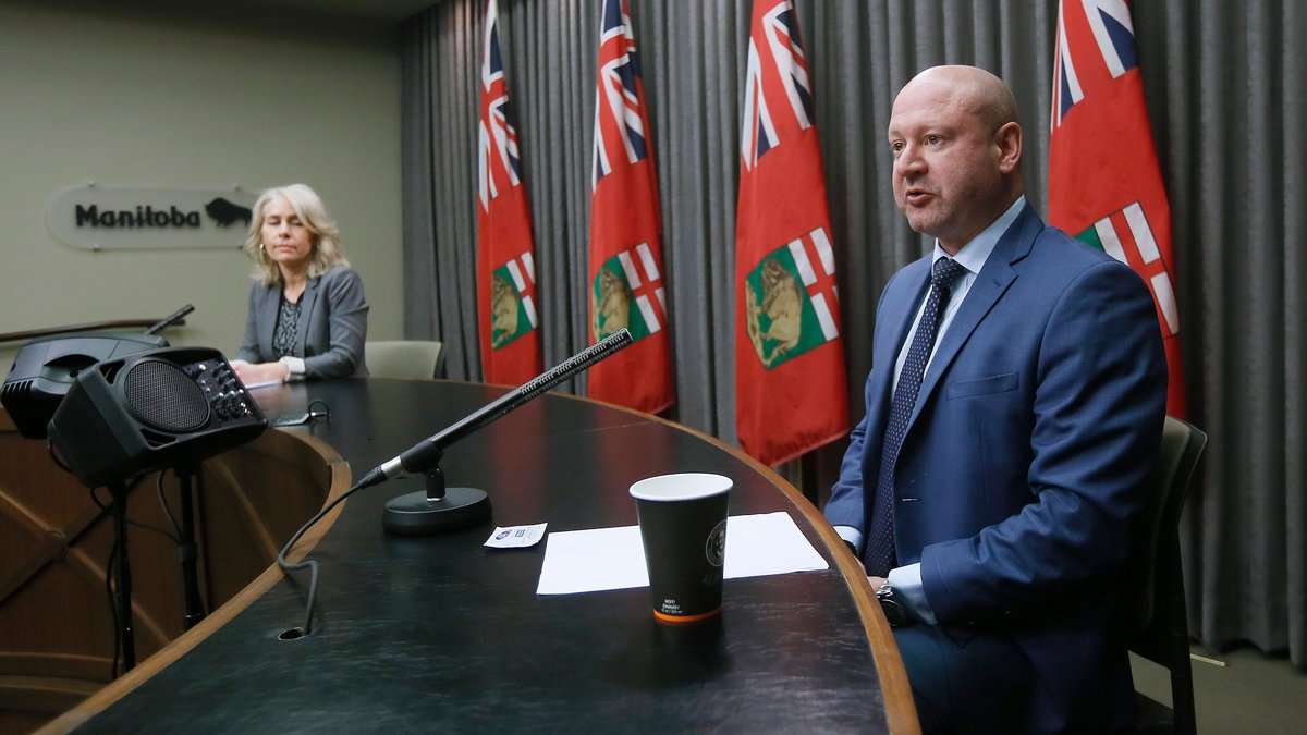 WATCH LIVE: Manitoba health officials Dr. Brent Roussin and Lanette Siragusa provide an update on the COVID-19 cases in the province: https://t.co/iYmxQJPAHb https://t.co/SWPyk9kBlu